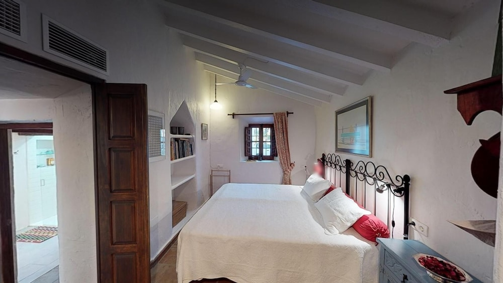 Room, Luxurious finca with private infinity pool, 180° views on the Mediterranean