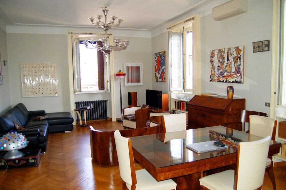 Cozy Deco Apartment Milan Cadorna