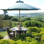 A Relaxing Sea-view Getaway.private Garden.dog Friendly.sandy Beaches.log Burner
