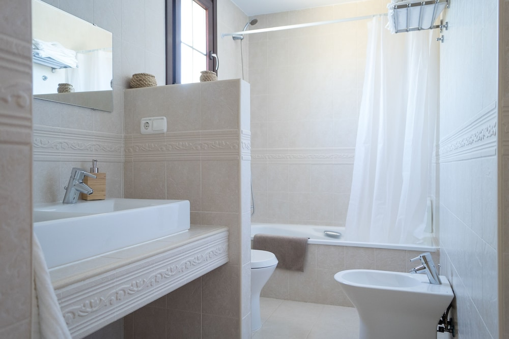 Bathroom, House With Private Pool Ideal for Families