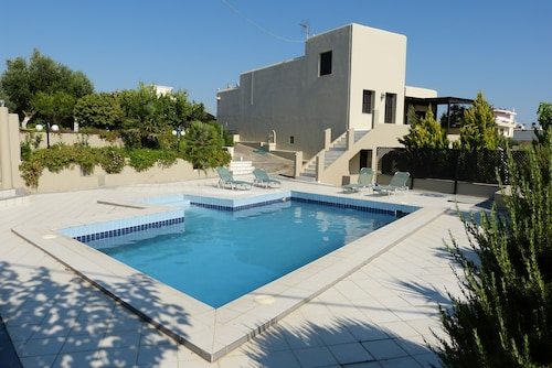 Knosos Palace Secluded 4 Villa, Private Pool , Best View !