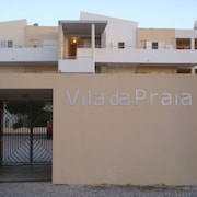 T1 Vila da Praia, Alvor in Gated Community With Pool Free Wifi. 1957 / AL