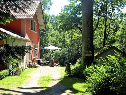 Old Forester's House in the Nature Park, Surrounding Area of Berlin, own Terrace, Sauna, Wifi
