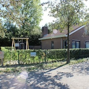Luxury Semi-detached House Type Strandparel, Quietly Located in the Beach Park, Zeeland