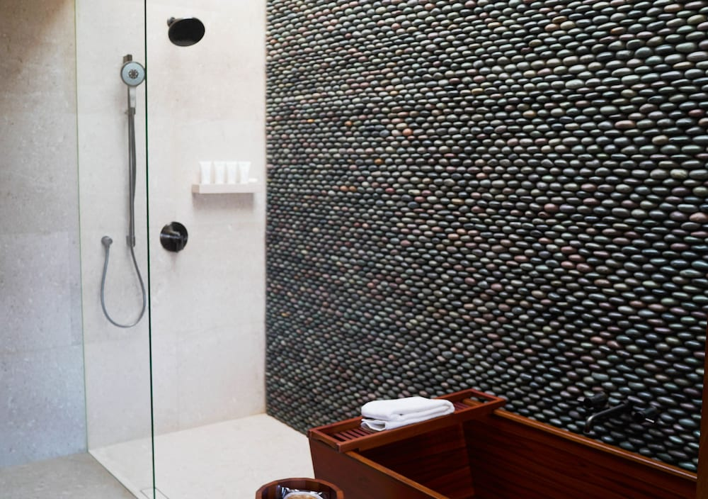 Bathroom Shower, Nobu Hotel Los Cabos