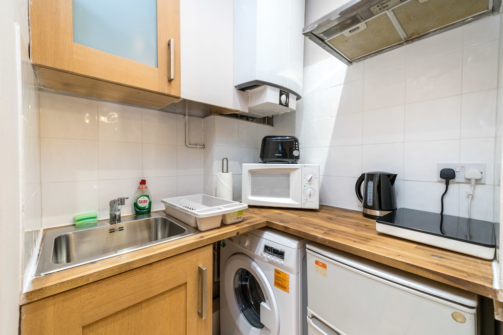 Private Kitchen, Luxury Studio Apart Piccadilly Circus