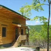 Timber Frame Cabin on Screamer Mountain - Panoramic Views!