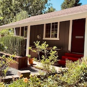 Butler Cottage-in Grass Valley