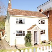 Peggy's Place - Beautifully Refurbished 2 Bedroomed Cottage In Somerset