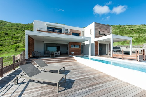 Villa Kaktus - Amazing Ocean View - French Contemporary Design - 4 BR