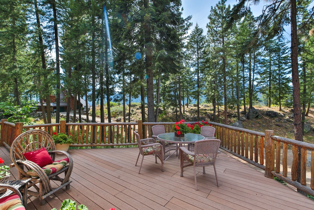 Terrace/Patio, Antler Hideaway - a Luxury Mountain Cabin