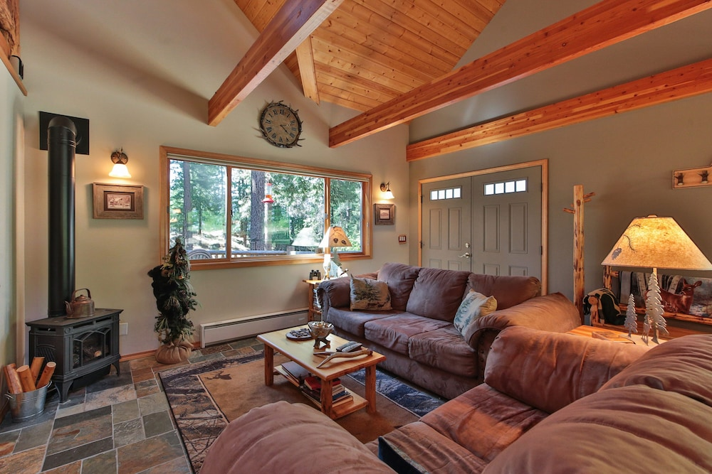 Living Room, Antler Hideaway - a Luxury Mountain Cabin