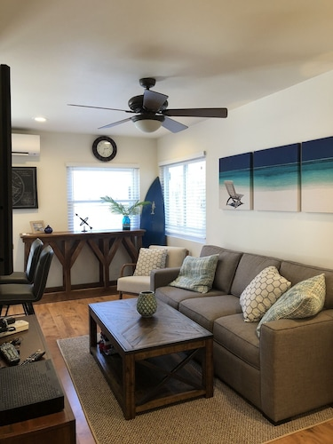 Beach Cottage With A/c, Family & pet Friendly, Short Walk to Sand