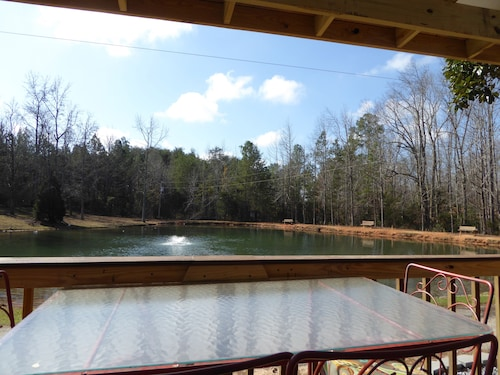 Tiny House on the Water. Dish TV, Pool, Fishing Pond, Game Room, and Lots More!