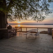 The Nicest Place on Reelfoot Lake for a Group of Family or Friends