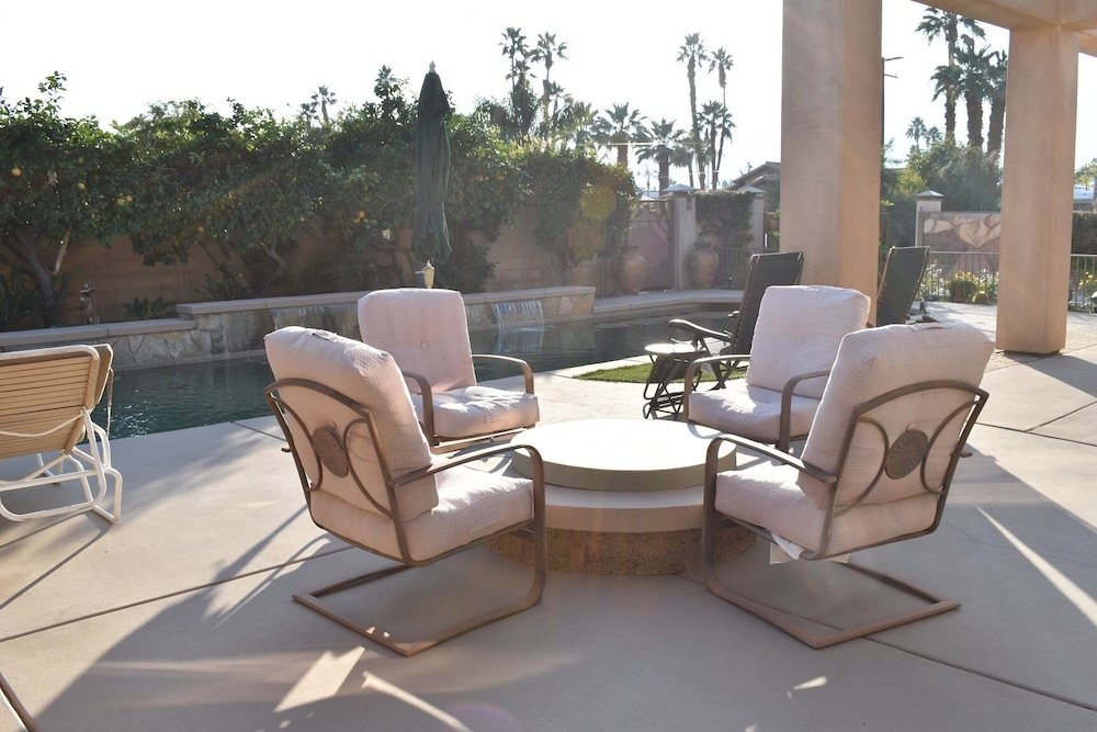 Balcony, Large Desert Getaway Suite In Highly Desired Area of La Quinta!