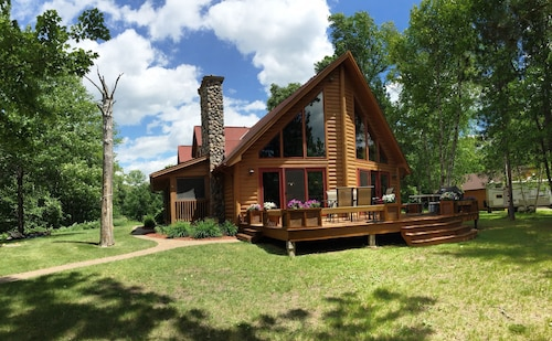 Gorgeous Lake O'brien Cabin, 2 Hours From Mpls, Pontoon Included!