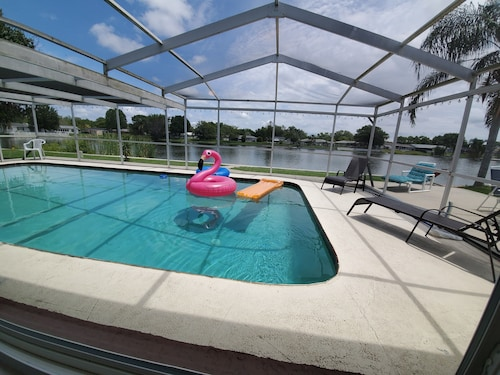 Near Beach Waterfront Lake Pool Home Sleeps 12