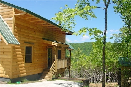 Timber Frame Cabin on Screamer Mountain/clayton - Panoramic Views!
