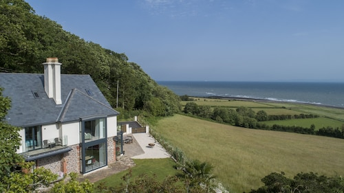 Stunning Coastal Home With Panoramic sea Views in Porlock Weir - 6 bed / 6 Bath