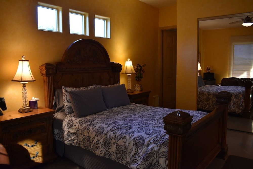 Room, Summer Getaway Suite Footsteps Away From Pool and Spa!