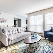 Sophisticated Chic - 2 Bedroom Oaklawn Dallas