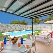 Luxury Villa W/private Heated Swimming Pool, Pool Table, Free Wifi
