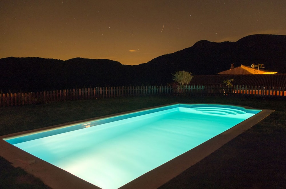 Pool, Ideal for Groups. Barbecue, Jacuzzi, Pool, Beach, Mountain. Relax and Enjoy it