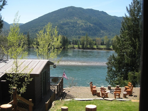 Waterfront! N. Idaho Just Outside of Sandpoint on the Famous Clark Fork River