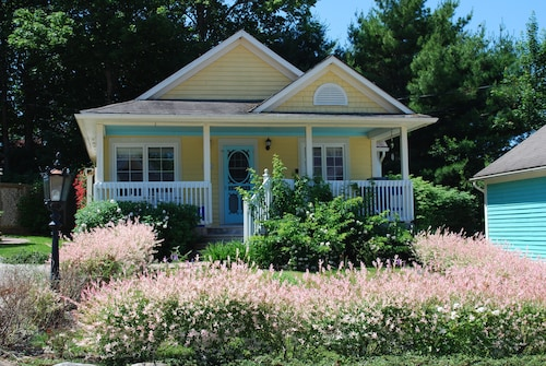 Fantastic Best Halifax Cottages For 2019 Find Cheap C 116 Cottage Interior Design Ideas Apansoteloinfo