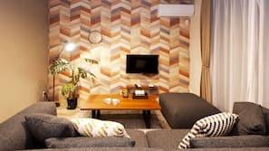 設計自成一格、家具佈置各有特色、免費 Wi-Fi、床單