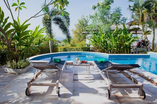 2 Bedroom Seaview Baan Eng Fah Villa