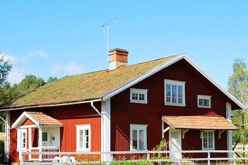 6 Person Holiday Home in Uddeholm