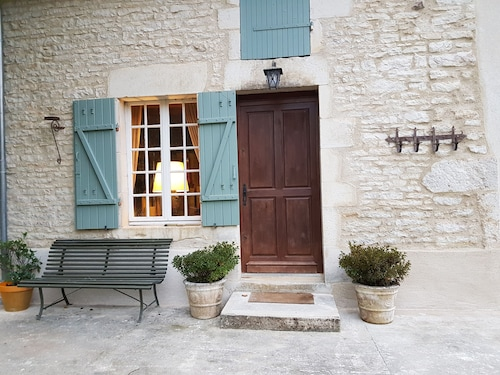Charming Renovated Farmhouse in Burgundy, Near Vezelay
