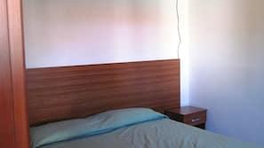 2 chambres, fer et planche à repasser sur demande