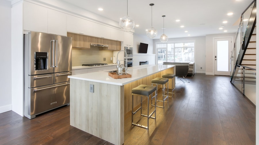 NEW LUXURY TOWNHOME 27