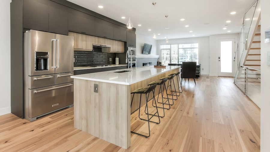 NEW LUXURY TOWNHOME 29