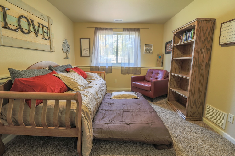 Room, Woodland Nest - Woodland Park, CO