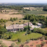 Le Mas des Genets, Classified 4 , Private Swimming Pool, Air-conditioned in St Rémy de Provence