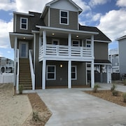 2017 New Construction 5 Bedroom Private Pool Three Minute Walk to Beach