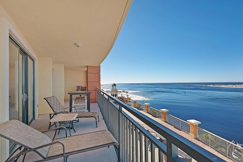 3br/3ba at Emerald Grande in Destin, FL - 1566 Sqft