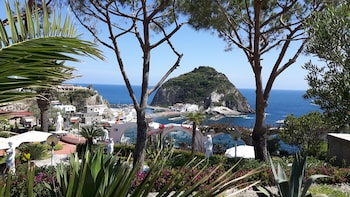 Casa Adolfo Ischia