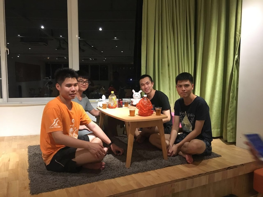 Phoenix Egg Youth Hostel: 2019 Pictures, Reviews, Prices