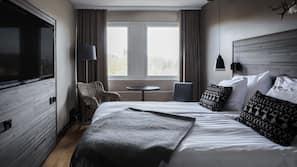 1 makuuhuone, kannettavalle tietokoneelle sopiva työtila, pimennysverhot