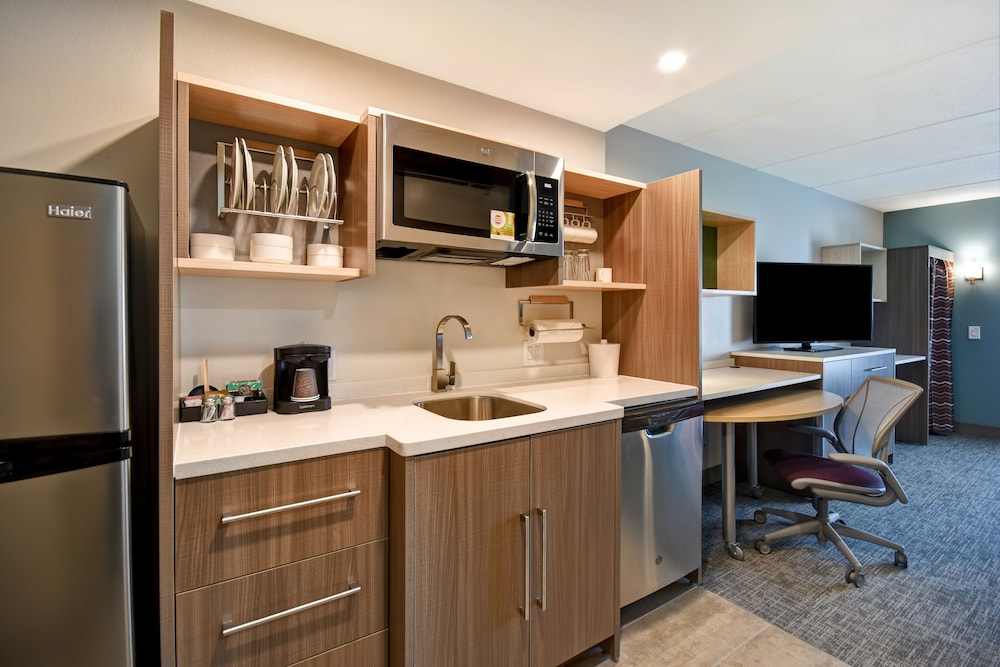 Private Kitchenette, Home2 Suites by Hilton Carlsbad, CA