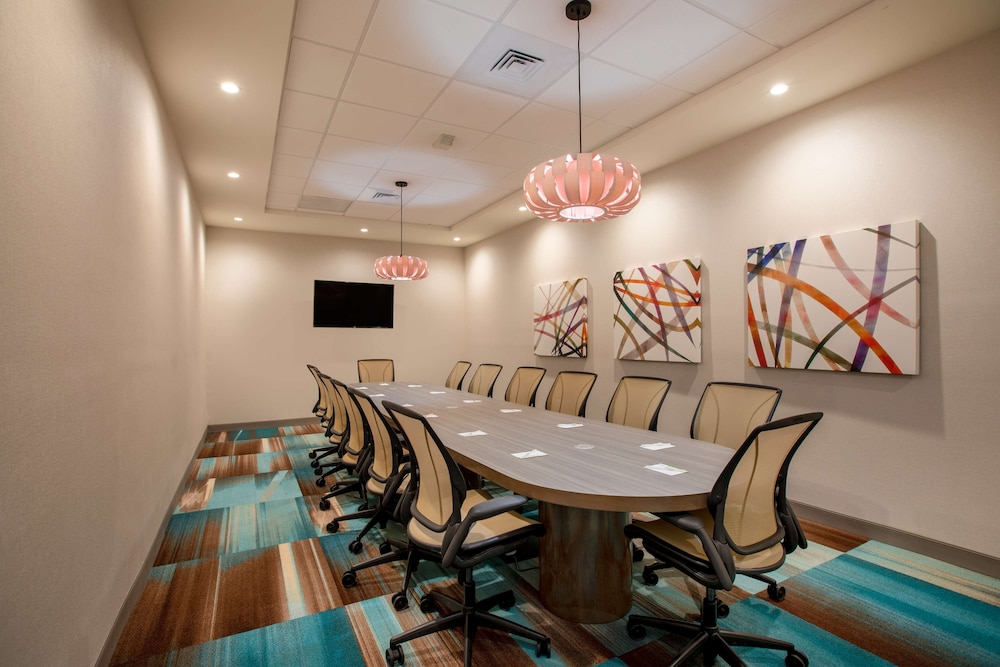 Meeting Facility, Home2 Suites by Hilton Carlsbad, CA