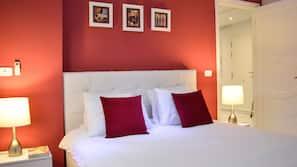 3 chambres, décoration personnalisée, ameublement personnalisé, bureau