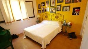 6 Schlafzimmer, Babybetten, kostenloses WLAN, Bettwäsche