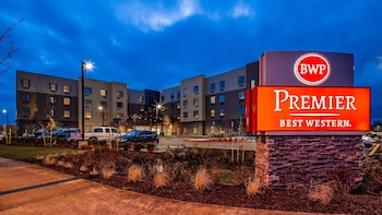 Best Western Premier Hotel at Fisher's Landing