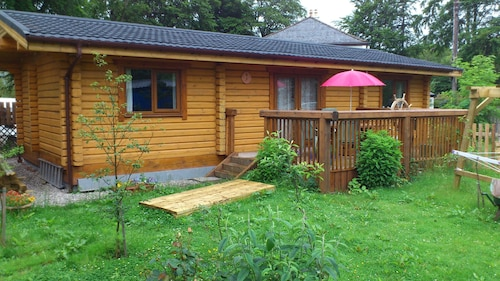 Glenmhor Log Cabin